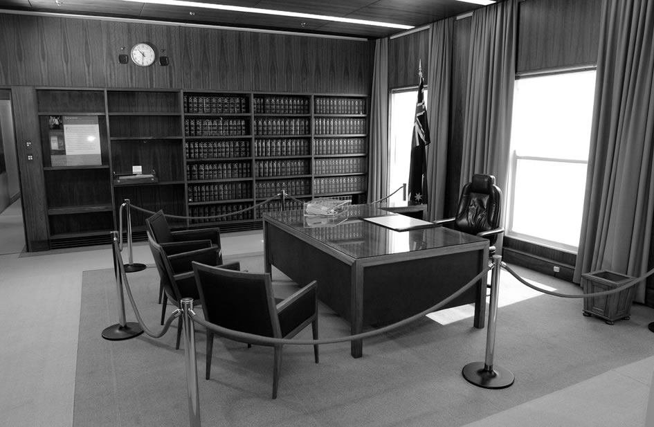 Black and white photo of the Prime Ministers Office and desk.