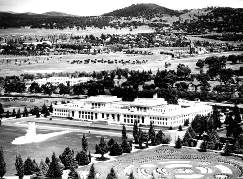 Aerial view of the building and surrounding gardens in the 1940s.